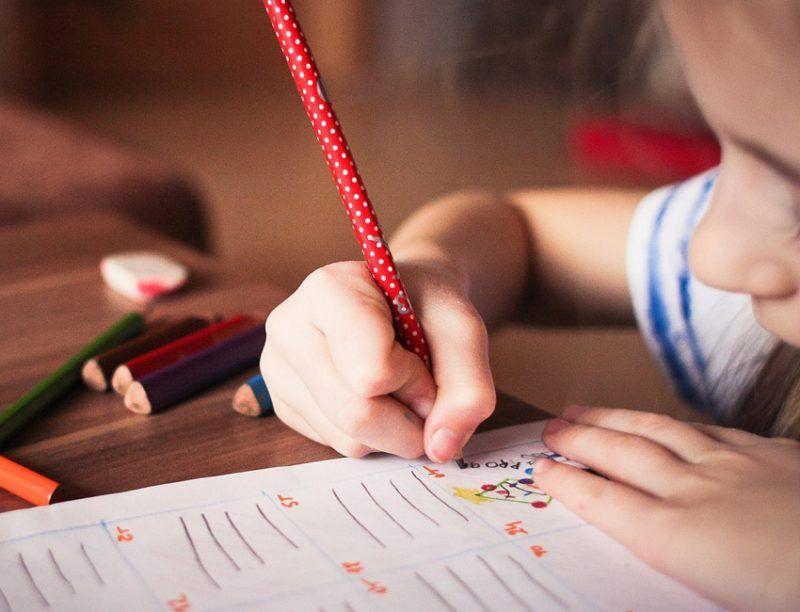 aprender un segundo idioma en la infancia potencia la autoestima