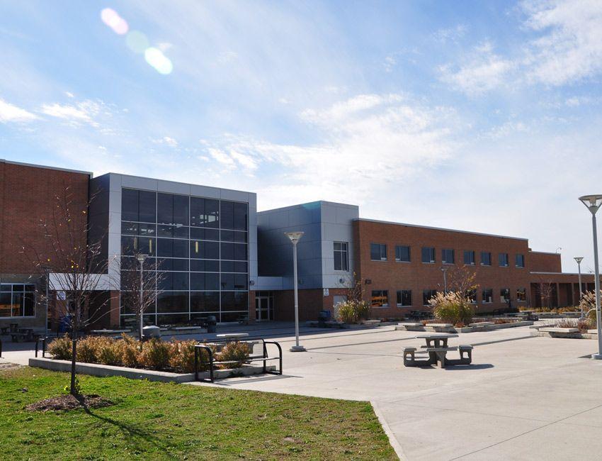 colegio publico canada